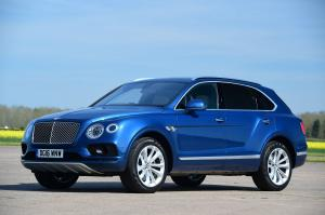 Bentley Bentayga 2016 года