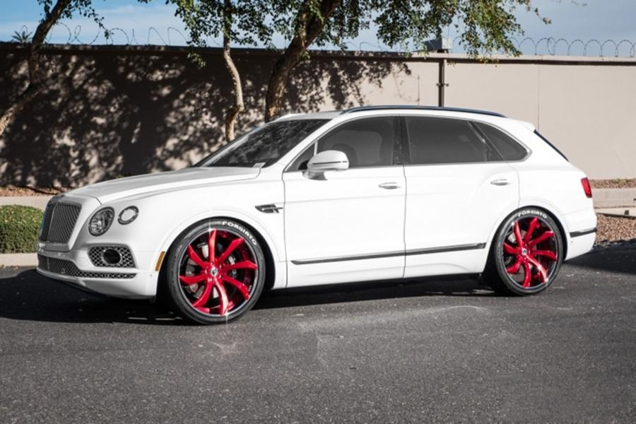Bentley Bentayga on Forgiato Wheels (Fondare-ECL)