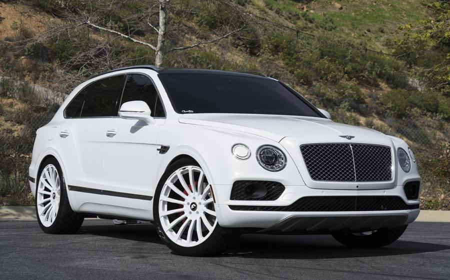 Bentley Bentayga on Forgiato Wheels (Piatto-M)