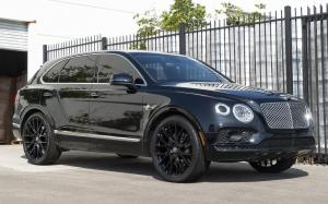 Bentley Bentayga on Forgiato Wheels (FLOW 001)