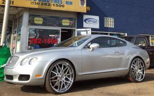 Bentley Continental GT on Forgiato Wheels (Maglia)