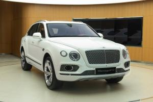 Bentley Bentayga W12 Centenary Specifications 2020 года