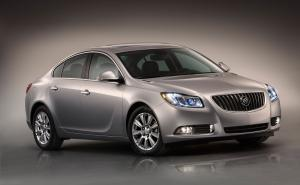 Buick Regal with eAssist 2012 года