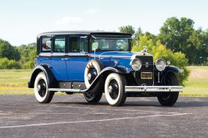 1929 Cadillac V8 341-B 7-Passenger Imperial Sedan by Fisher