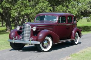 1936 Cadillac Series 70 Fleetwood Touring Sedan