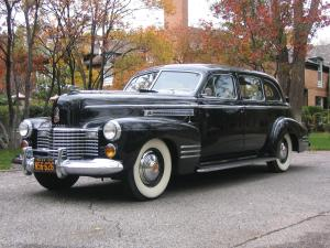 Cadillac Series 67 7-Passenger Touring Sedan 1941 года