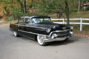 Cadillac Series 60 Fleetwood Special 1955 года