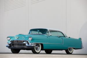 Cadillac Series 62 Coupe deVille 1955 года