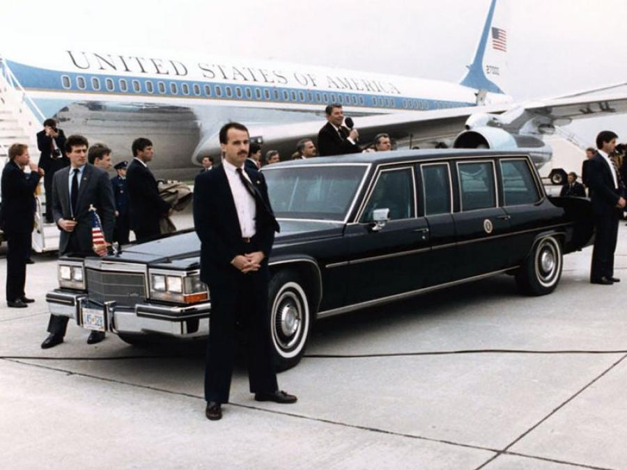 Cadillac Fleetwood Presidential Limousine