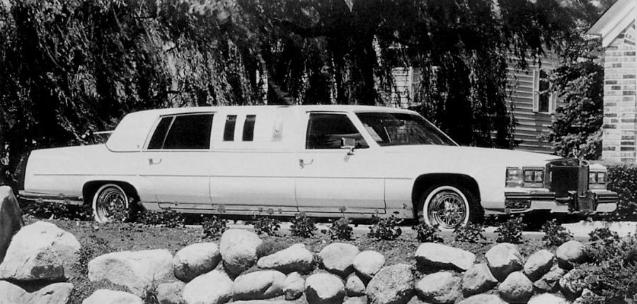 Cadillac Fleetwood Limousine by Diamond Coachbuilders
