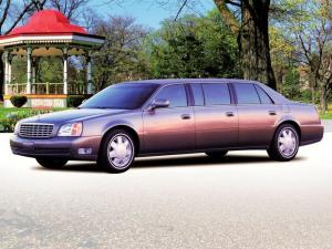 2000 Cadillac DeVille Presidential Limousine by Miller-Meteor