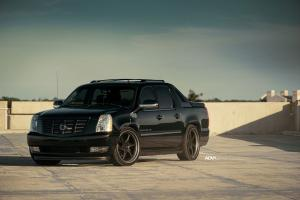Cadillac Escalade EXT on ADV.1 Wheels (ADV06RM TRACK FUNCTION CS) 2016 года