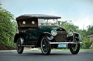 1918 Chevrolet D-Series V8 Touring