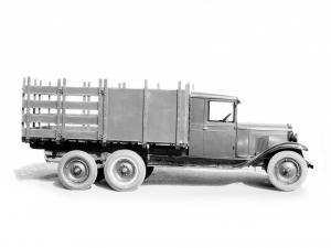 1929 Chevrolet International 6 Wheel Stake Truck by Langlois Brothers