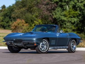 Chevrolet Corvette Sting Ray L71 Convertible with Side Mount Exhaust Option 1967 года