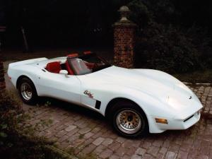 Chevrolet Corvette Duntov Turbo Convertible 1980 года