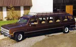 Chevrolet Suburban Silverado by Armbruster-Stageway 1982 года