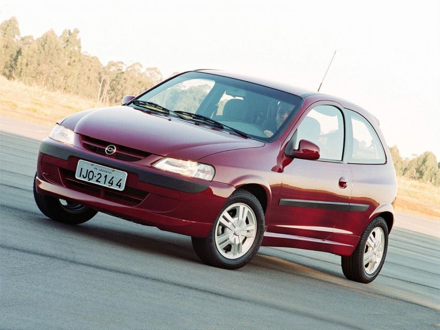 2000 Chevrolet Celta 3-Door