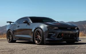 Chevrolet Camaro SS on HRE Wheels (FF11) 2019 года