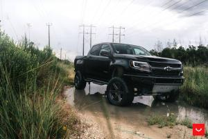 Chevrolet Colorado LT Crew Cab on Vossen Wheels (HF6-2) 2019 года