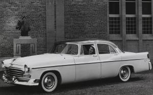 Chrysler Windsor 4-Door Sedan 1956 года