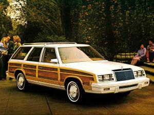 Chrysler LeBaron Town & Country Wagon 1982 года