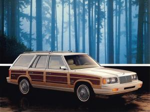 Chrysler LeBaron Town & Country Wagon 1988 года