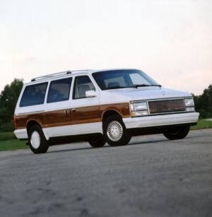 Chrysler Town & Country 1990 года