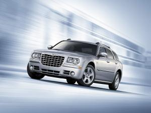 Chrysler 300C Touring 2007 года