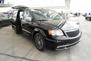 2011 Chrysler Town & Country S Concept