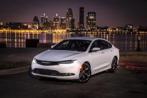 Chrysler 200S 2014 года