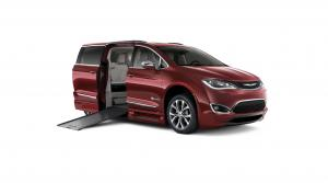 Chrysler Pacifica BraunAbility 2017 года