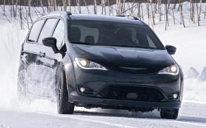 Chrysler Pacifica AWD Launch Edition 2020 года