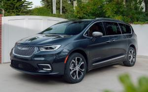 Chrysler Pacifica Pinnacle AWD 2020 года