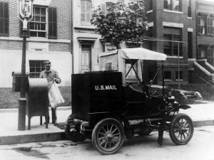 1906 Columbia Mark III Mail Truck