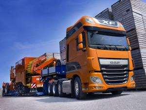 2013 DAF XF 460 8x4 FTM Super Space Cab