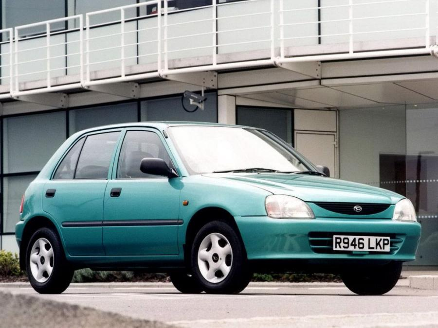 Daihatsu Charade 5-Door (UK) '1996