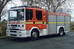 2003 Dennis Sabre ML Excalibur Water Tender