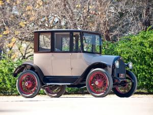 1920 Detroit Electric Model 82 Brougham