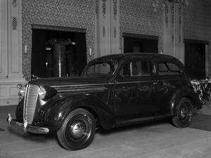 Dodge D5 2-Door Fastback Sedan 1937 года