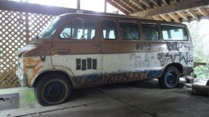 1972 Dodge Sportsman Kurt Cobain decorated Melvins Melvan