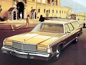 Dodge Monaco Royal Wagon 1975 года