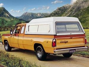 Dodge D100 Club Cab Sweptline Adventurer Pkg 1977 года