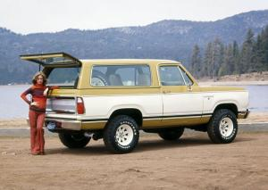 Dodge Ramcharger SE Pkg. 1977 года