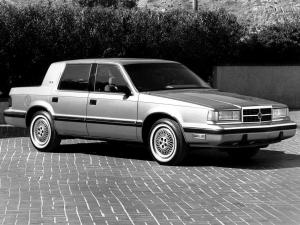 Dodge Dynasty 1988 года