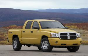 Dodge Dakota 2005 года