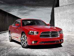 Dodge Charger R/T 2011 года