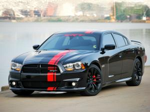 Dodge Charger SRT8 2011 года