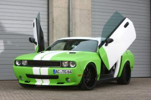 Dodge Challenger SRT8 Wrapped Challenger by CCG Automotive 2012 года