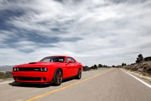 Dodge Challenger SRT 2015 года